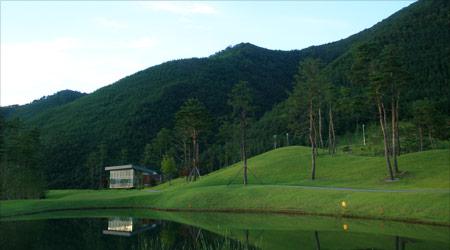 상쾌함의 깊이가 다른 강원권 최고의 명품 골프장!